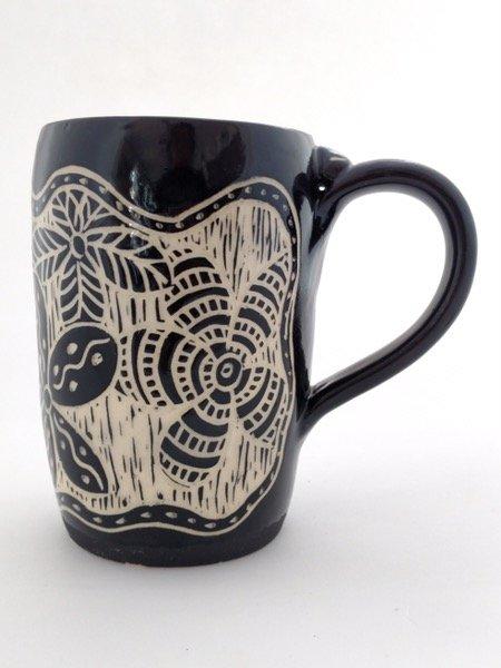 Sgrafitto mug floral